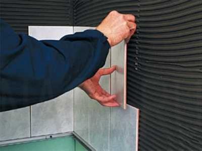 Как проводить монтаж кафельного покрытия на старую керамическую плитку