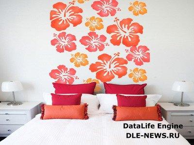 Применения цветного скотча в декорировании стен