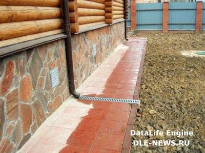 Строим отмостку вокруг дачного дома