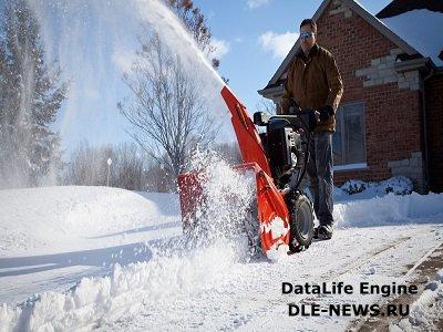 Выбор помощника в борьбе со снегом