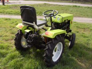 910277_mototraktor_dw_120b