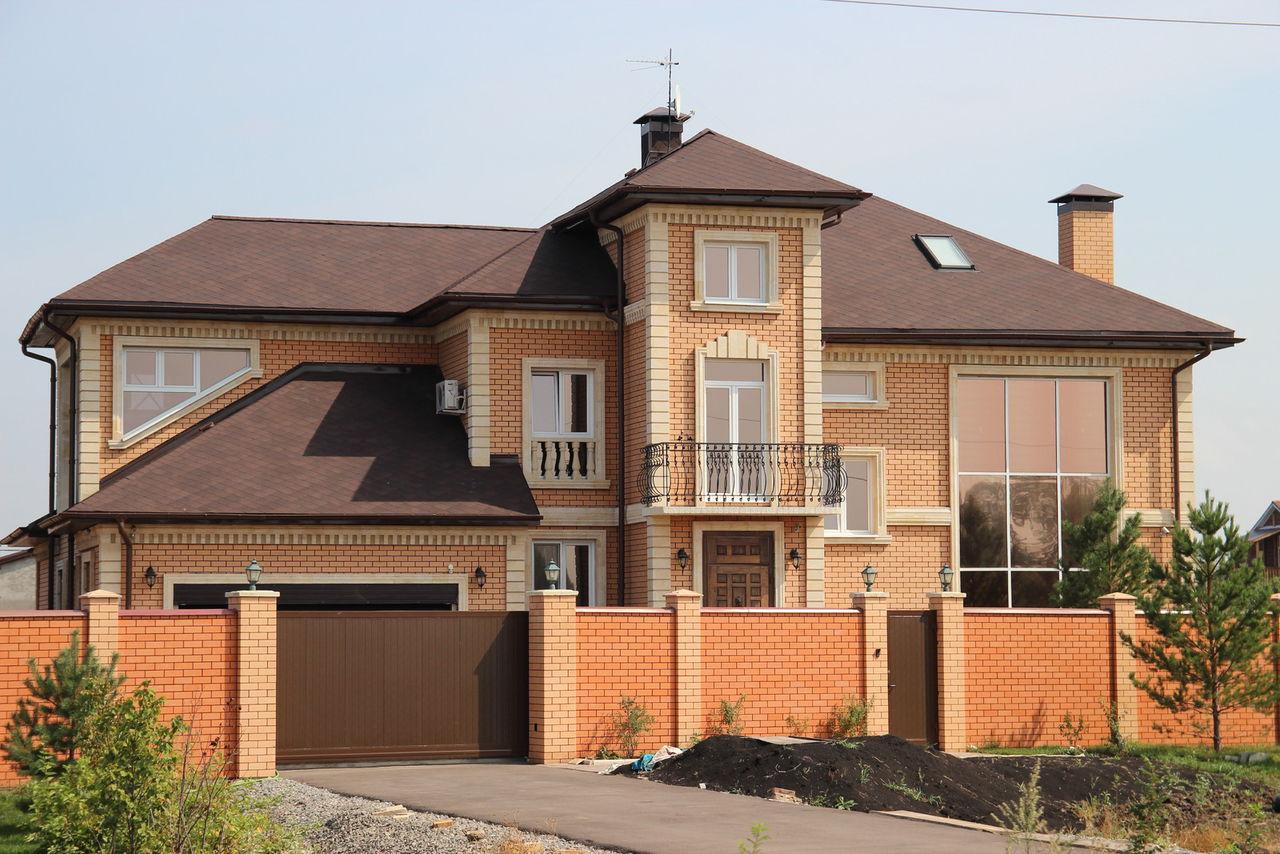 Фото дизайн домов из красного кирпича