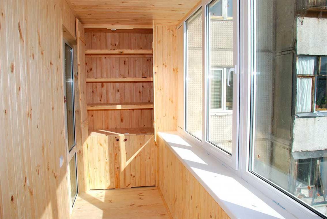 Выбираем деревянную вагонку на балкон