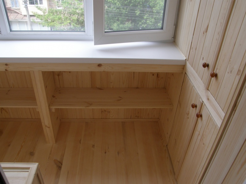 Выбираем деревянную вагонку на балкон.